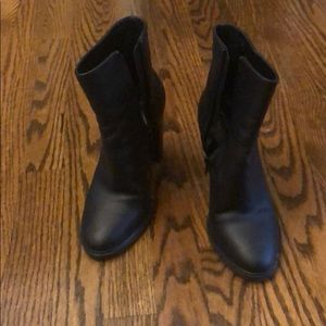 Vince Overton bootie great condition